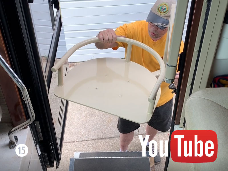 2014 Newmar King Aire Seat Lift