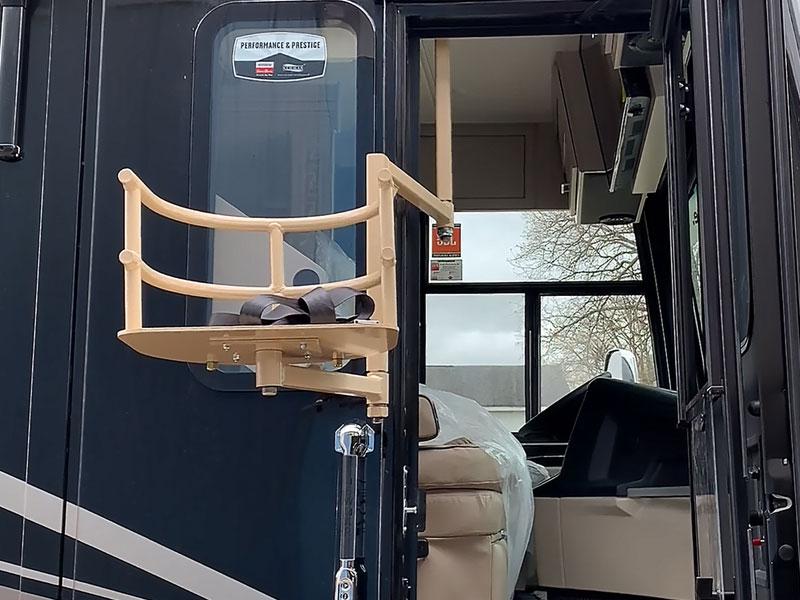 2020 Newmar Vantana 4326 Seat Lift